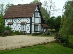 old cottage near Brockenhurst