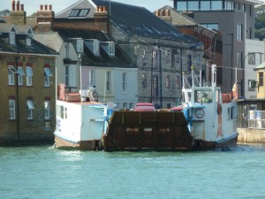 The floating bridge at Cowes