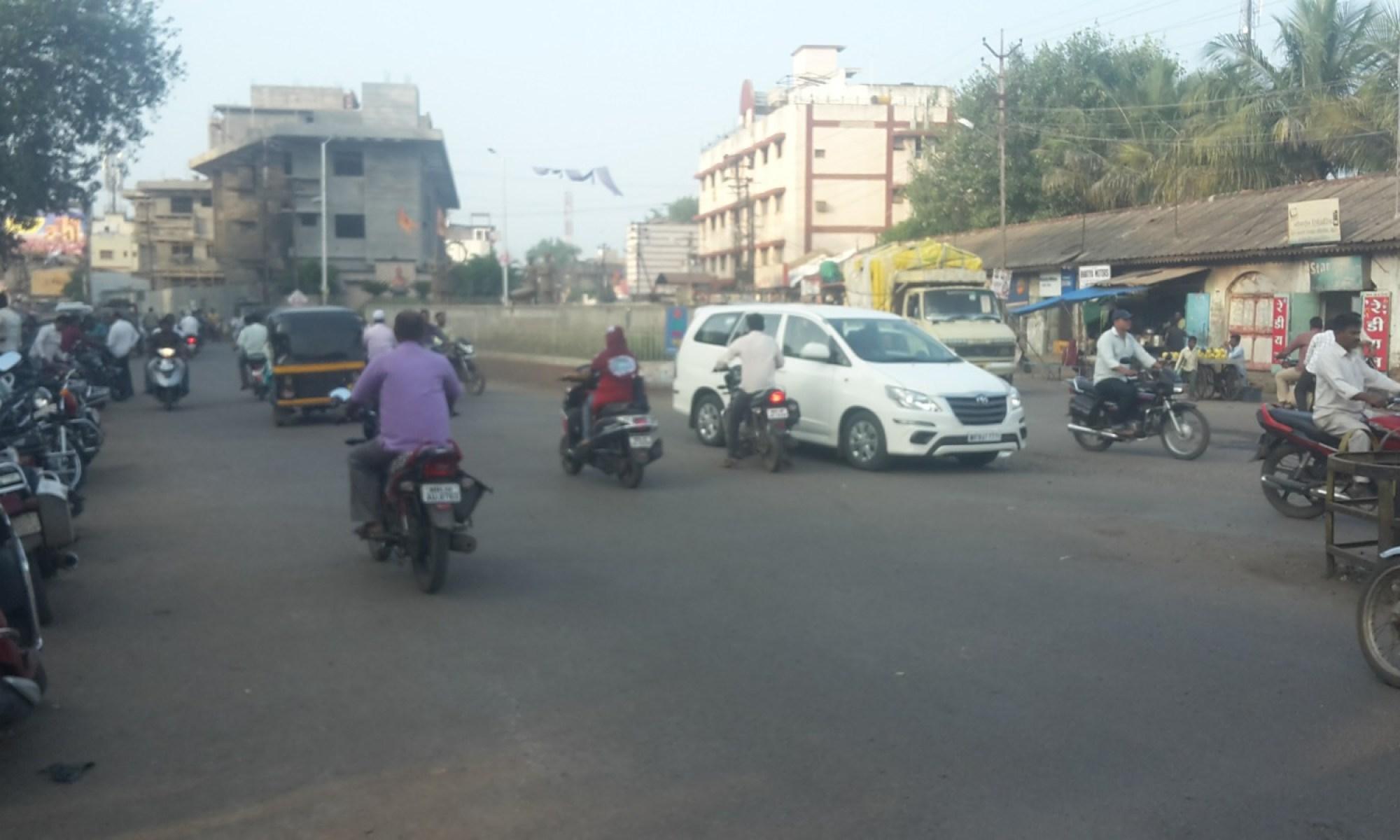 Street in Dhule.