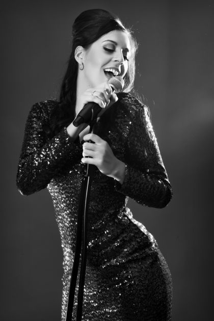 Hayley Louise Fantastic Vocalist For All Events