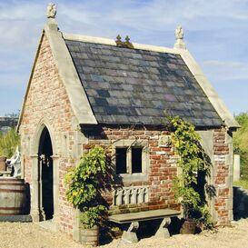 Gartenruine aus Steinguss - Exford Chapell