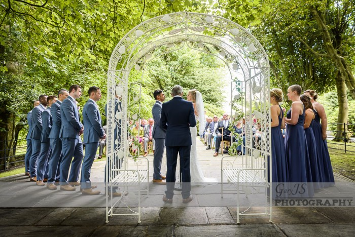 Outdoor wedding at Crow Hill