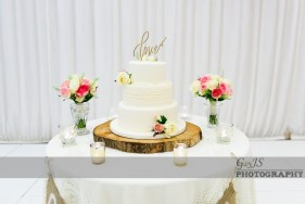 Wedding cake photo at Crow Hill