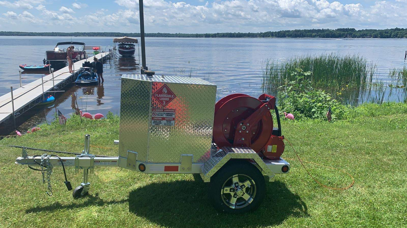 You are currently viewing Robinson's new portable fuel trailer is a hit at the lake