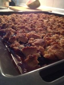 Pflaumenkuchen frisch aus dem Ofen