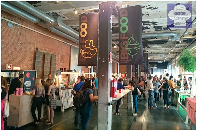 Interior del evento Big Food Grrrreat Market en Matadero