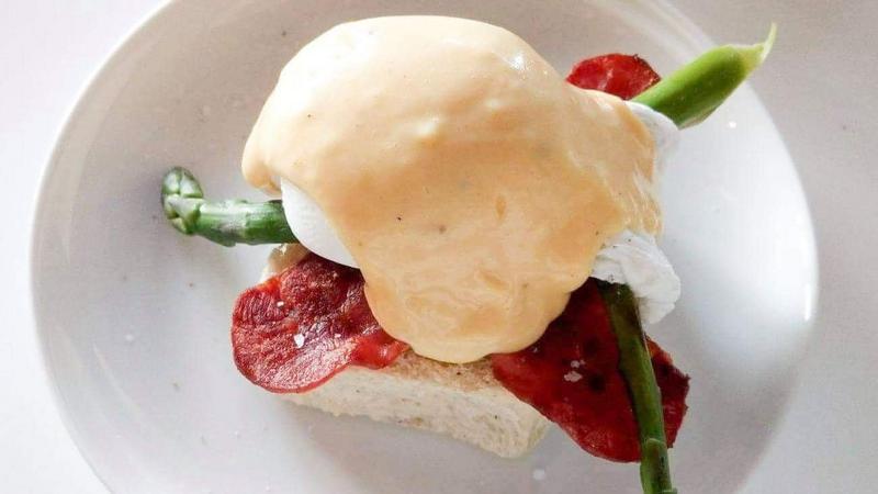 Egg Benedict med Asparges
