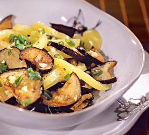 Салат из баклажанов и сладкого перца , пошаговый рецепт с фото