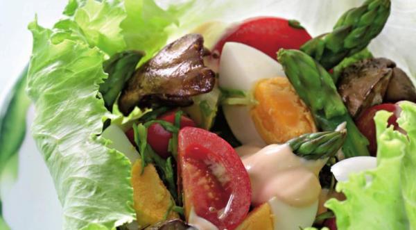 Салат из спаржи с куриной печенкой, пошаговый рецепт с фото