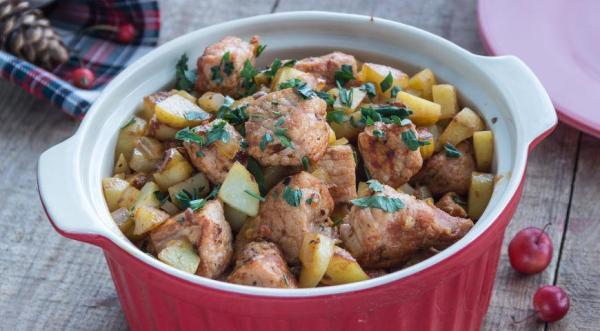 Жаркое из свинины с картошкой, пошаговый рецепт с фото