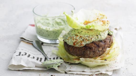 Keto-Burger στο στυλ του Lula-Kebab