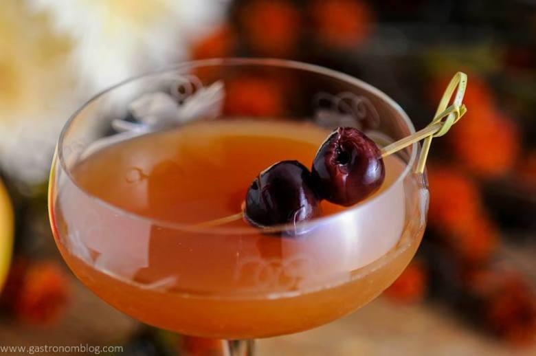 Apple Cider Manhattan - A whiskey Cocktail