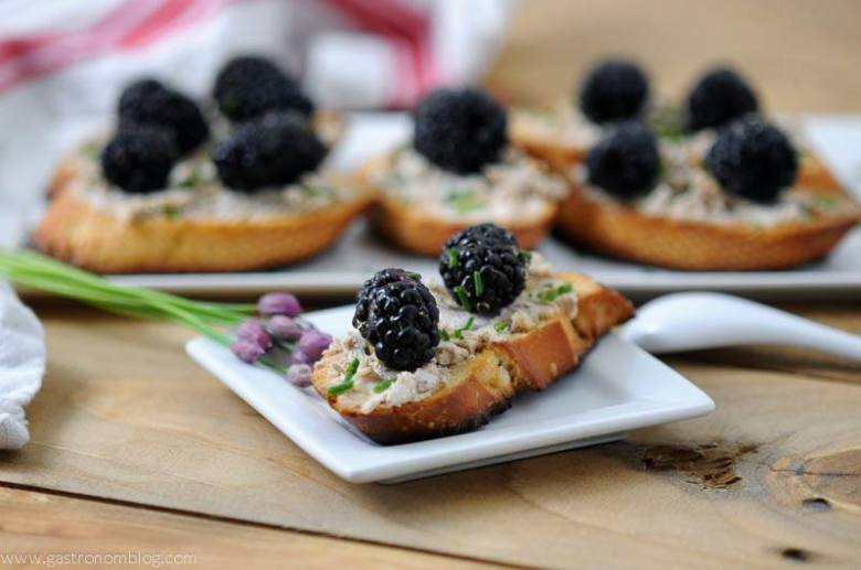 Cocktail Crostini – Cocktail Party Finger Foods