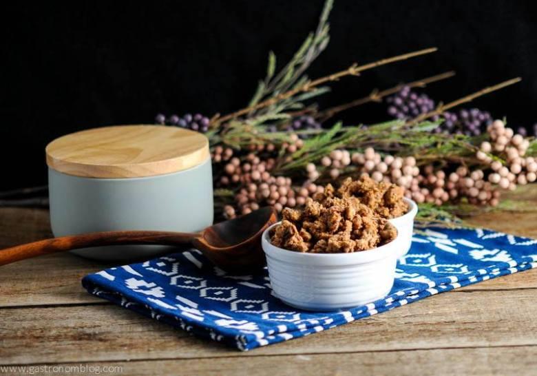 Bourbon Candied Pecans - Sweet crunchy treat