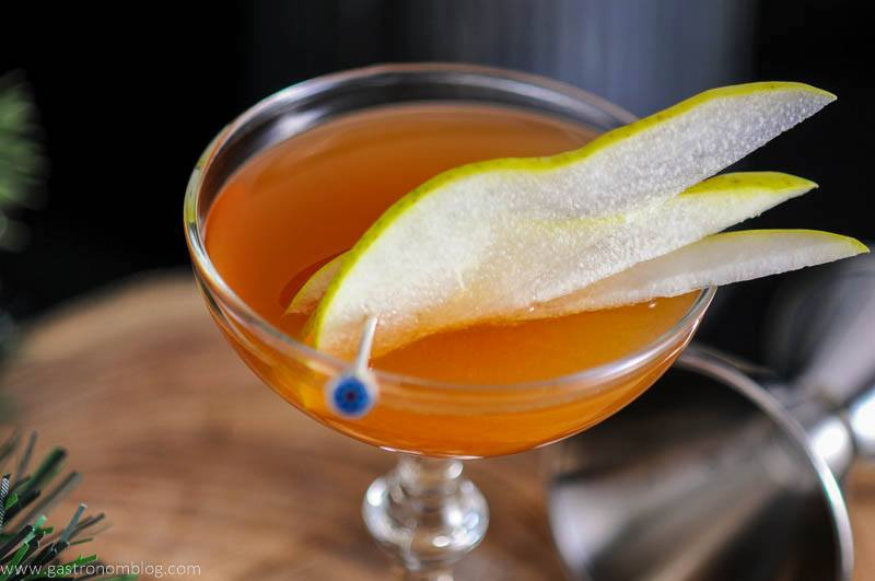 The Peaty Pera - A Scotch Whisky Cocktail