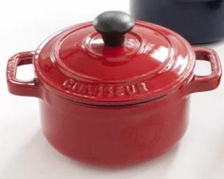 Mini cocotte en fonte rouge