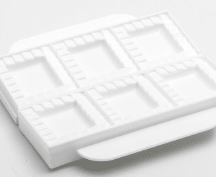Moule à raviolis en plastique