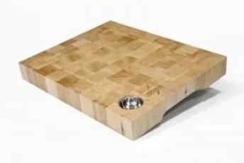 Planche billot avec réservoir à jus