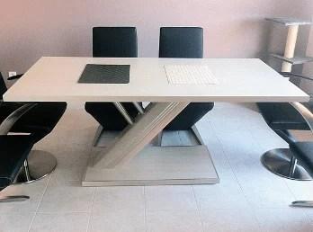 Table design en bois