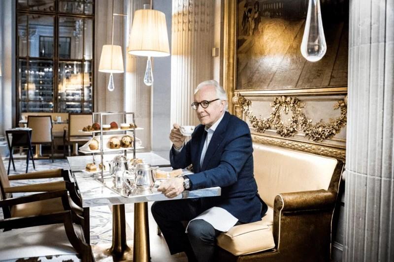 Alain Ducasse en 2018 au Salon de thé du Meurice à Paris