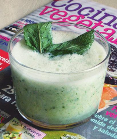 Sopa fría de pepino y yogur, de Erinna en la Cocina