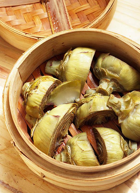 Cocinar con alcachofas gastronom a vegana for Cocinar almejas al vapor