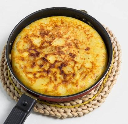 Tortilla de patatas en proceso
