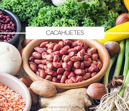 Cacahuetes - Tipos de legumbres - Cómo cocinar con legumbres - GastronomiaVegana.org