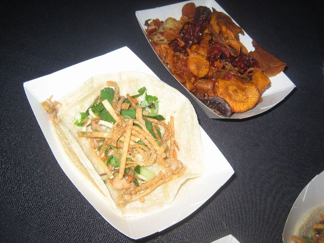chow food two