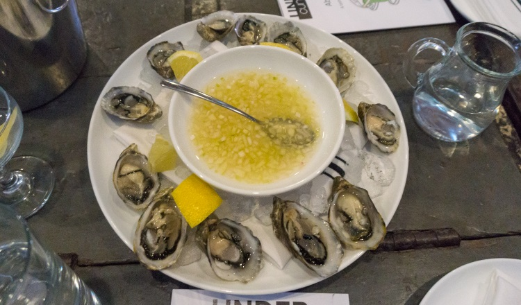 oysters at under current