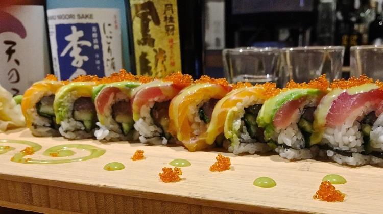 maki sushi roll at shabu shabu