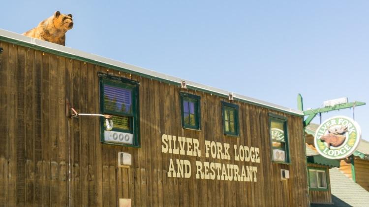 silverfork lodge exterior