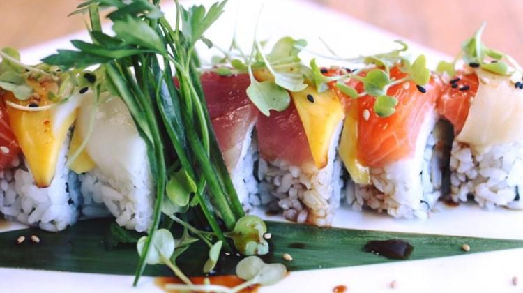 Blind Dog Restaurant And Sushi Bar - maki sushi