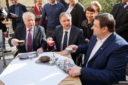 Saisonstart für Wiener Schanigärten Kaffeehäuser
