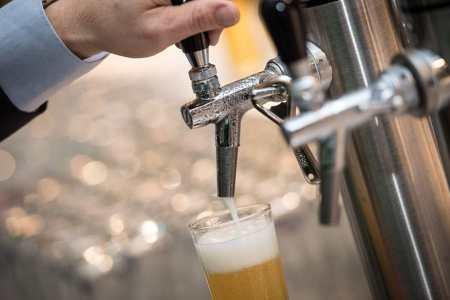 Umsatzeinbußen Gastro Das Bier floss im vergangenen Jahr nur spärlich aus den heimischen Zapfhähnen.