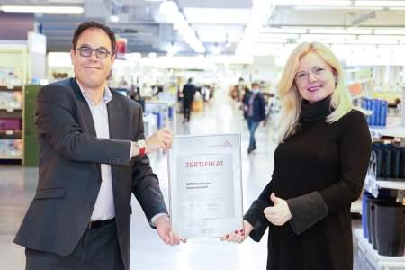 Metro Leitbetrieb (v.l.n.r.): CEO Xavier Plotitza, Leitbetriebe Austria-Geschäftsführerin Monica Rintersbacher.