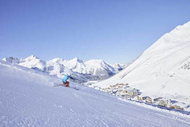 Corona Wintertourismus Vereinzelte Tagesgäste konnten die Bilanz der heimischen Skigebiete bislang auch nicht retten.