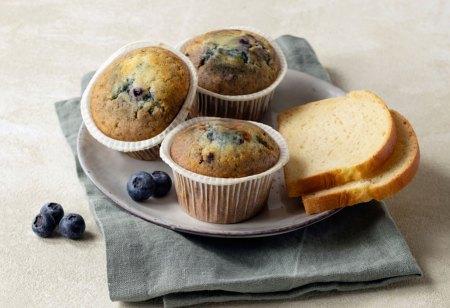 Glutenfrei Produkte Haubis Auch süße Köstlichkeiten bietet Haubis nun in einer glutenfreien Variante an. Jedes der Gebäckstücke wird einzeln in einer backstabilen Folie verpackt, die erst bei Tisch geöffnet wird.
