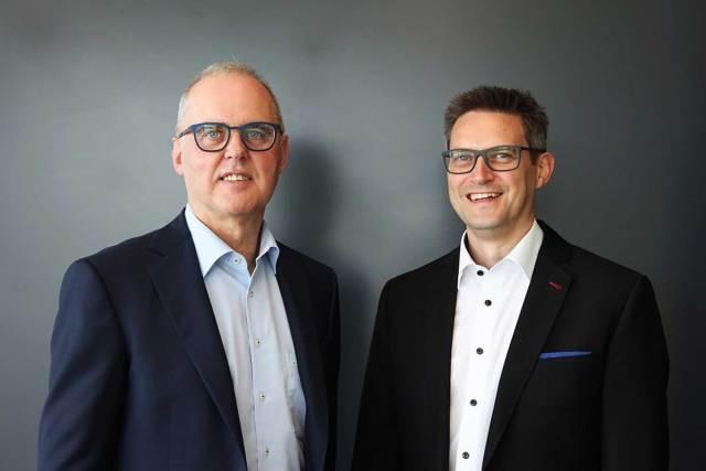 Matthias Wagner verstärkt Wäschekrone-Geschäftsführung Seit dem 1. Januar 2021 bilden Hans Werner Groß (l.) und Matthias Wagner die Geschäftsführung des deutschen Hotelwäschespezialisten Wäschekrone.