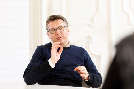 ÖHV USt Markus Gratzer hofft, dass Österreich den Plänen von SPD-Kanzlerkandidat Olaf Scholz folgt und den derzeit reduzierten Steuersatz für Gastronomie und Hotellerie dauerhaft behält.