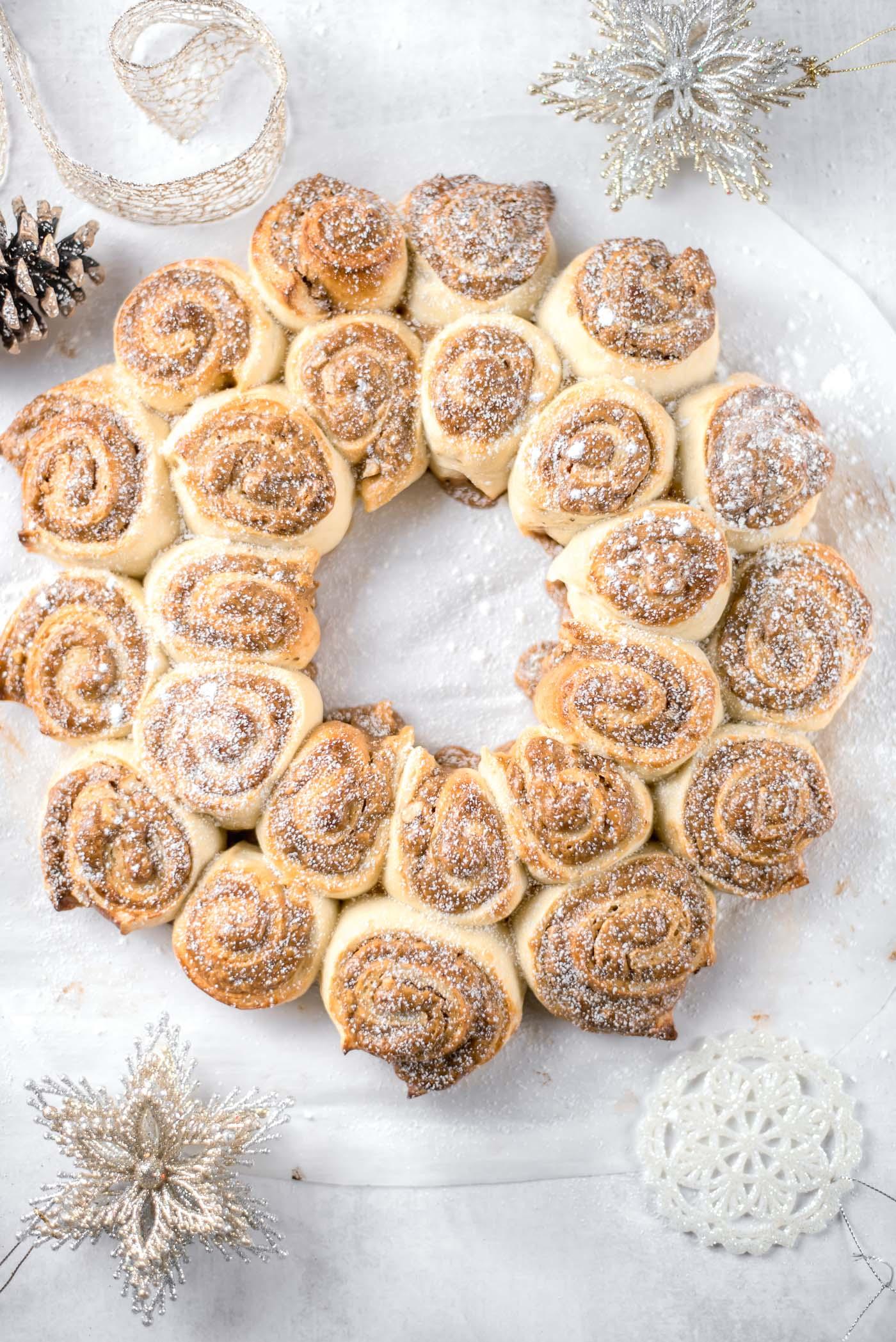 Dulce De Leche Walnut Holiday Wreath