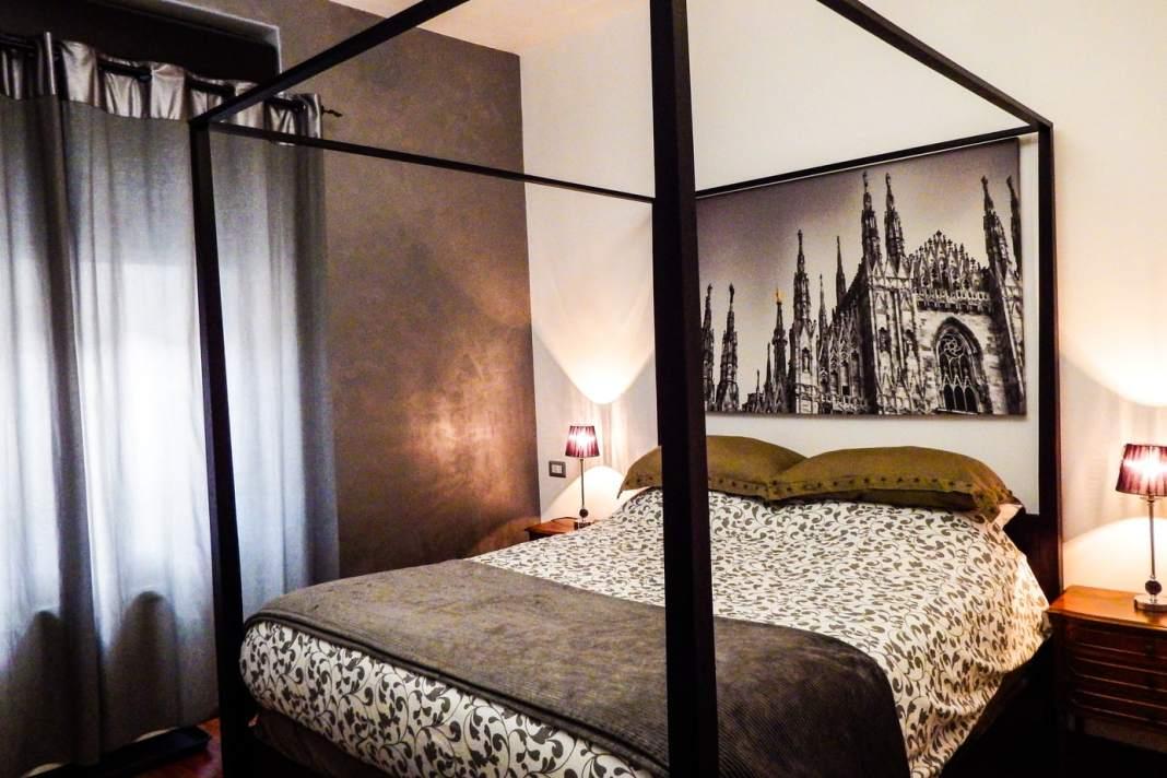 Stay at this trendy design hostel #milan #italy #italie #milano #travel #europe #travelblogger #stay #traveltips #design # hostel #navigli # boutique #flashpacking #wheretostay