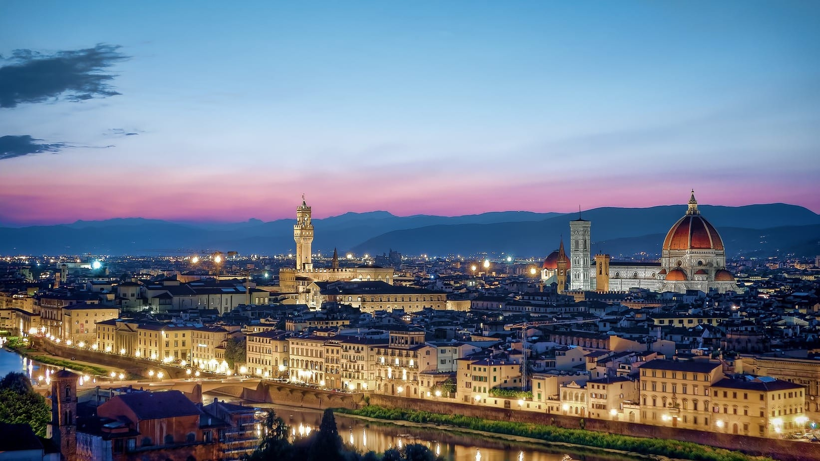 Florence in Italy is in the heart of Tuscany and is, in fact, the capital of the region. If you are wondering