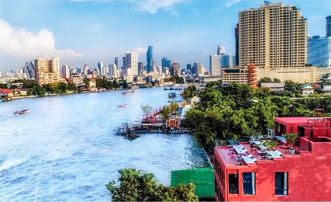 10 of the best boutique hotels in Bangkok - #bangkok #SEAsia #hotel #wheretostay #boutique #luxurystay #accommodation #travel #travelblog #pool #bar #view #river