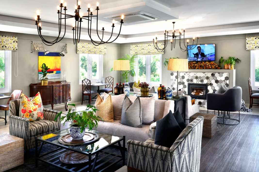 Exclusive hotel in Franschoek review - #southafrica #travel #winelands #franschoek #stay #boutique #luxury #exclusive #design #hotel #blogpost