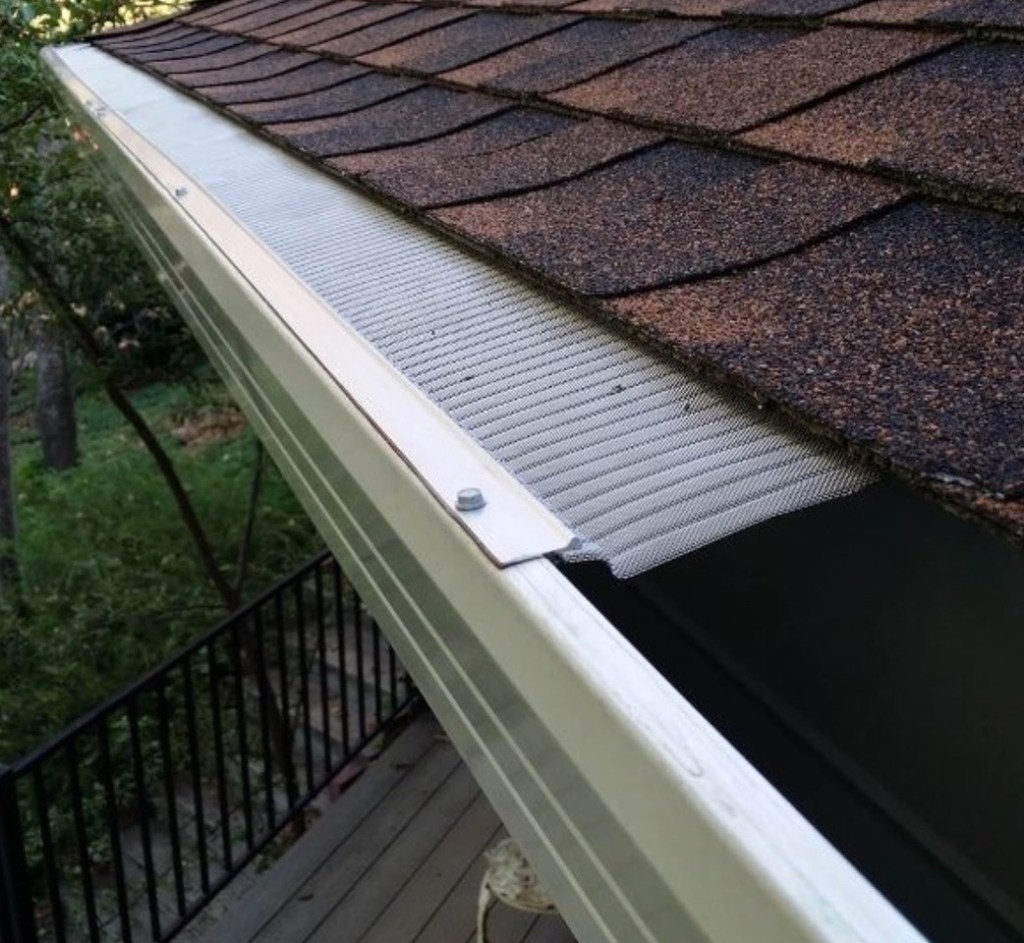 MiniMesh Gutter Screen