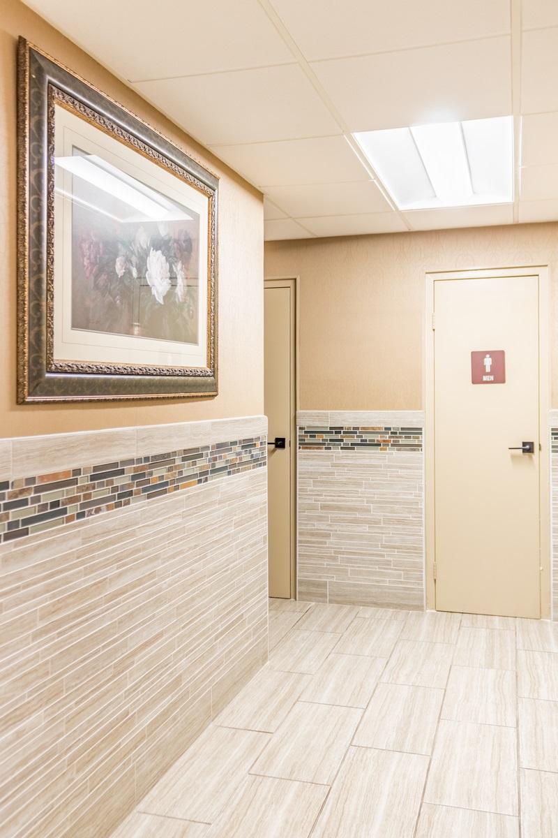 Bathroom lobby (1 of 1)