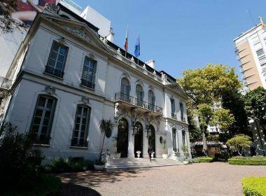 Il Tricolore sulla Libertador ambasciata italiana argentina buenos aires