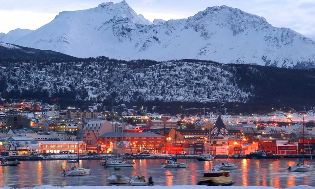 Ushuaia non è più la città più australe del mondo. 'Spunta' Puerto Williams