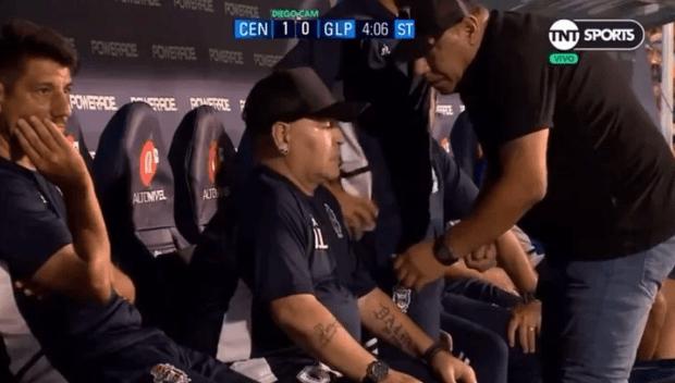 maradona video social pastiglia pressione panchina rosario
